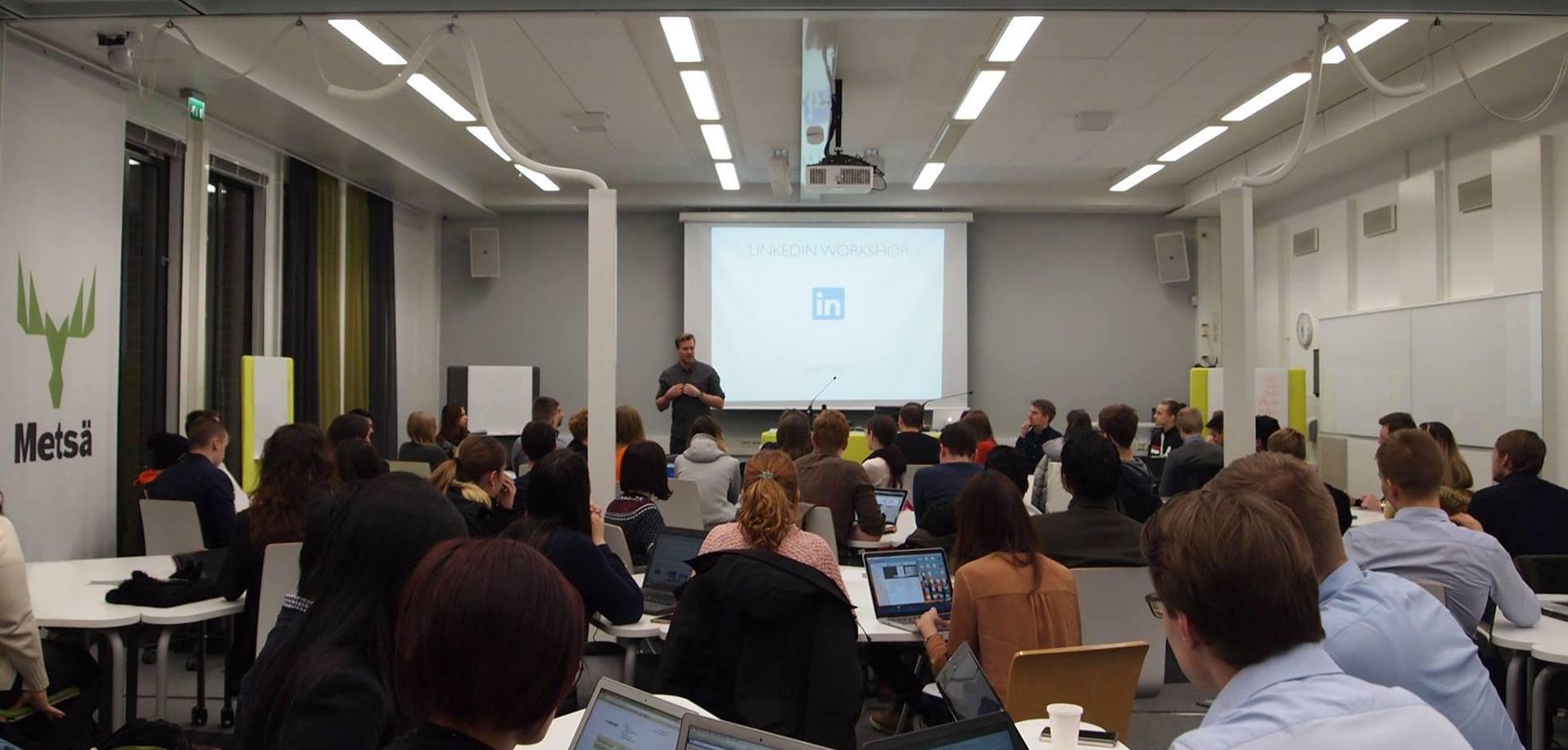 Yrittäjyysyhteisö Lutes edistää yrittäjyyttä kampuksella