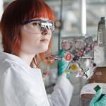 """Miksi opiskella kemiantekniikkaa? """"Kemiantekniikan avulla parannetaan miljoonien ihmisten elämänlaatua"""""""